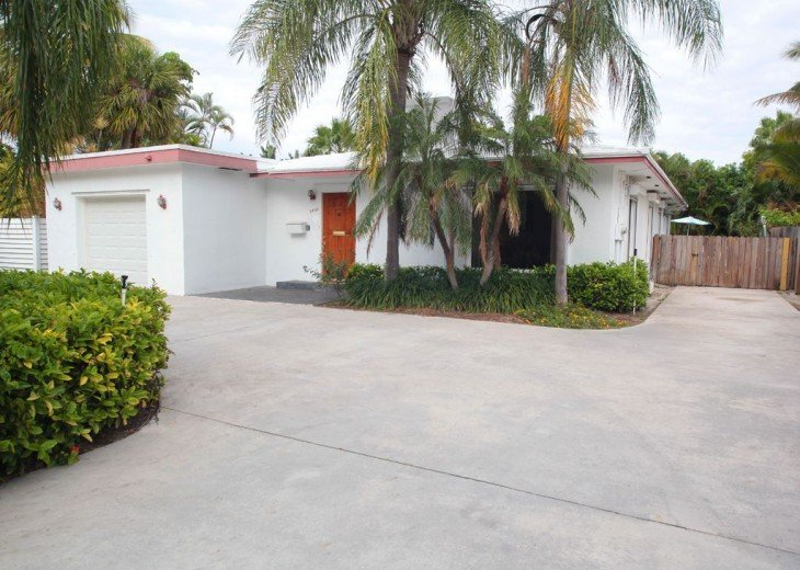 Ocean Mist Delight: 5 Min Walk to Beaches, 4/2, Gorgeous More Secluded Beach Spo #20