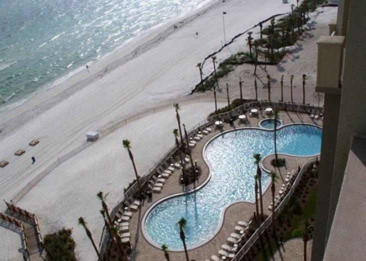 APR 1 - 24 OPEN - 3 BR 2 BA BEACH FRONT CONDO W/ FREE BEACH SVC #24