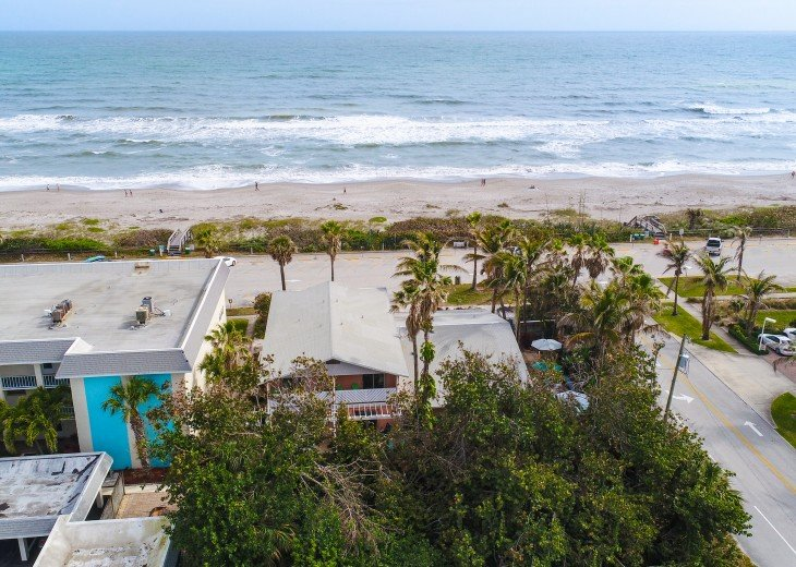Beach Bungalow, dog & family friendly Oceanfront Garden Villas #25