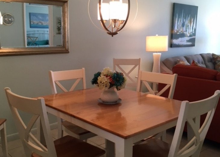 Redecorated Gulf Front Condo with Beach, Pool and Hot Tub, Free Wi-Fi and Phone #8