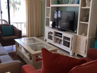 Redecorated Gulf Front Condo with Beach, Pool and Hot Tub, Free Wi-Fi and Phone #1