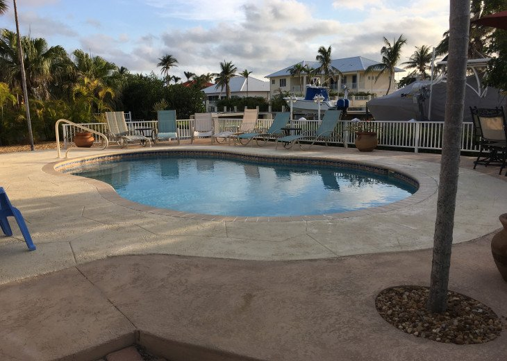 Key Colony Beach Pool Home-Great Family Home- Small Dog Friendly #5