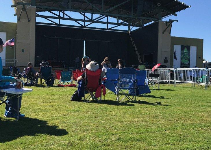 Concert at Pier Park
