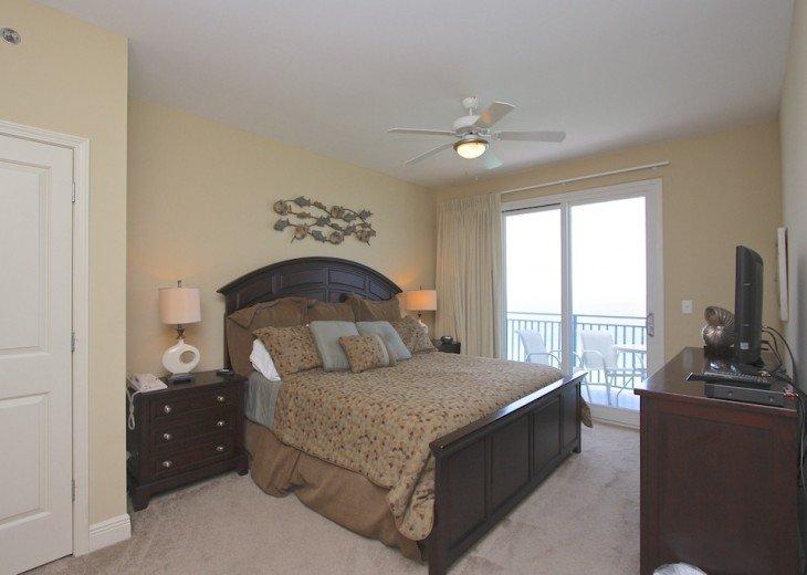 Beach Condo 3 bed 3 bath *End Unit* Excellent Views #14