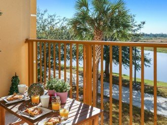 VISTA CAY LAKE VIEW ESCAPE. NEAR PARKS AND CONVENTIONS CENTER #1