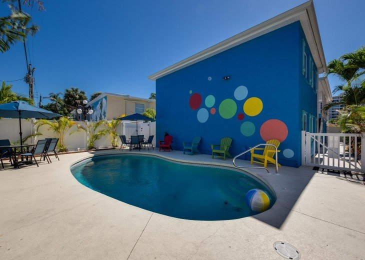Baybreeze – 3BR/3BA Private Heated Pool in the heart of Siesta Village #29