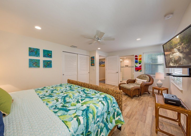 Pinacolada – 3BR/3BA Private Heated Pool in the heart of Siesta Village #27