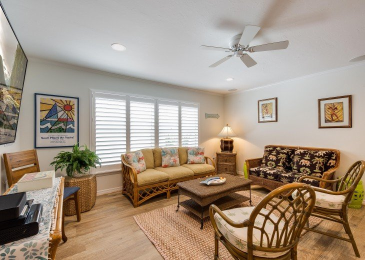 Pinacolada – 3BR/3BA Private Heated Pool in the heart of Siesta Village #12