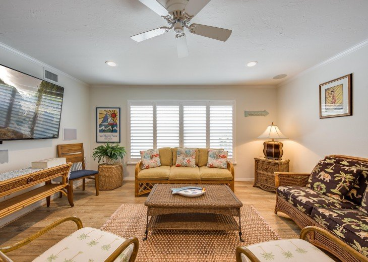 Pinacolada – 3BR/3BA Private Heated Pool in the heart of Siesta Village #13