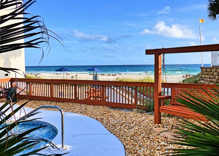 Pet Friendly Steps to the Sand Private Deck Hot Tub WIFI Pool #43