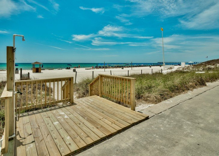 Pet Friendly Steps to the Sand Private Deck Hot Tub WIFI Pool #23
