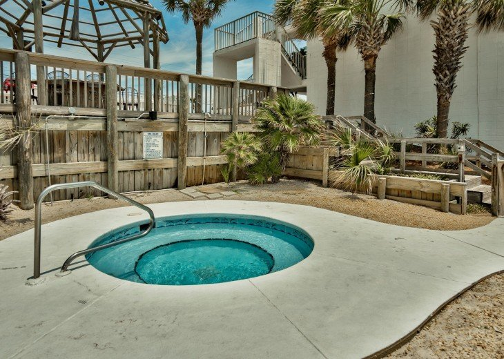 Pet Friendly Steps to the Sand Private Deck Hot Tub WIFI Pool #25