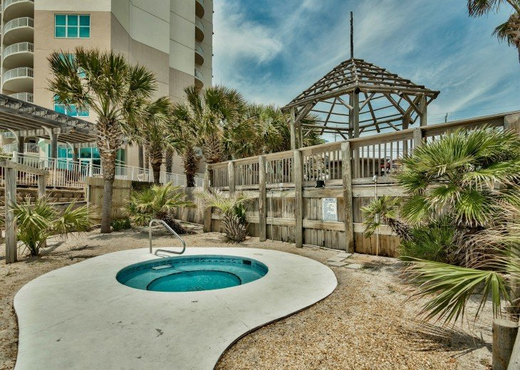 Pet Friendly Steps to the Sand Private Deck Hot Tub WIFI Pool #32
