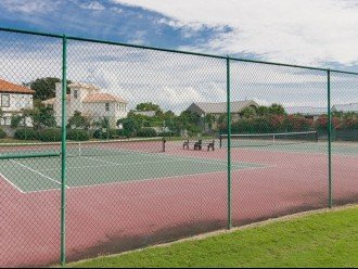 LA PLAYA - Pet Friendly - Community Pool - Tennis Courts - Sand Volleyball Court #1