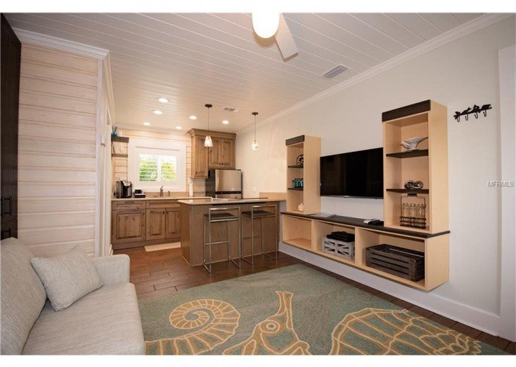 6West Beach Cottages- Heated Pool, Sleeps up to 22, Beachside of Gulf Blvd! #12