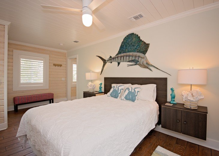 6West Beach Cottages- Heated Pool, Sleeps up to 22, Beachside of Gulf Blvd! #42