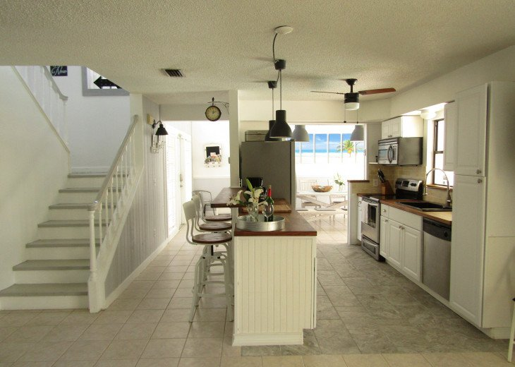 Paradise Place - beautiful 2 story house with huge pool #17