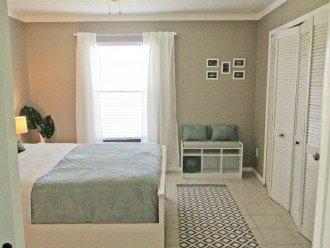 bedroom first floor queensize