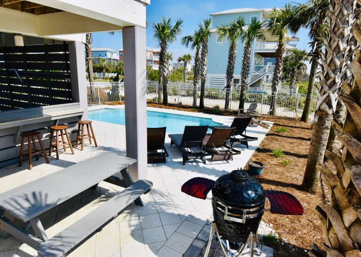 """September Specials"" Luxury Home, like Gulf Front, Heated Pool, Elevator #6"