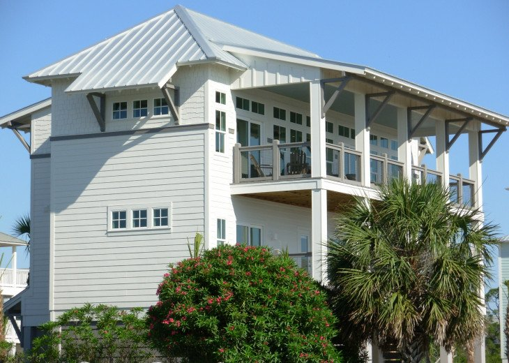 """September Specials"" Luxury Home, like Gulf Front, Heated Pool, Elevator #8"
