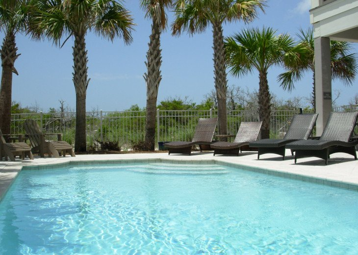 """September Specials"" Luxury Home, like Gulf Front, Heated Pool, Elevator #3"