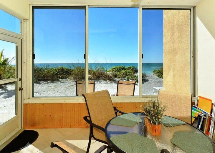 Direct Gulf Beachfront Condo-Just walk out the back door on to the sand! #2