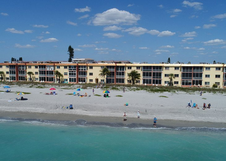 Direct Gulf Beachfront Condo-Just walk out the back door on to the sand! #4