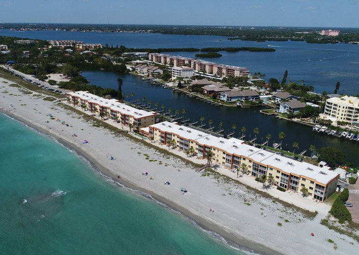 Direct Gulf Beachfront Condo-Just walk out the back door on to the sand! #3
