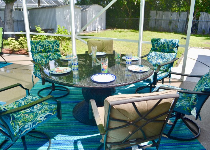 Private Heated Pool Home. Walk or bike to Shamrock Park and close to the beaches #4
