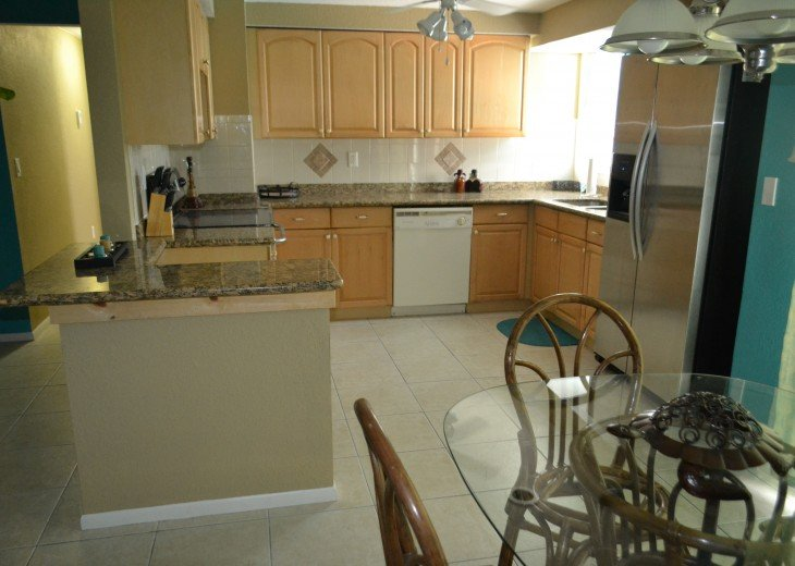 Private Heated Pool Home. Walk or bike to Shamrock Park and close to the beaches #13