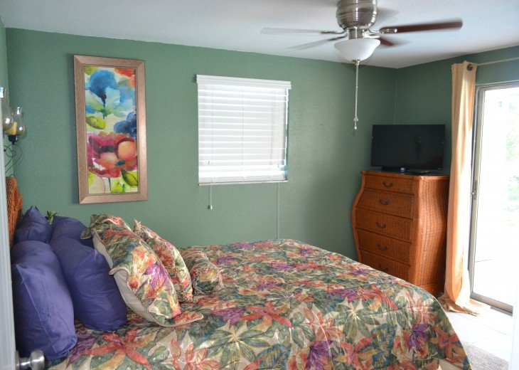 Private Heated Pool Home. Walk or bike to Shamrock Park and close to the beaches #16