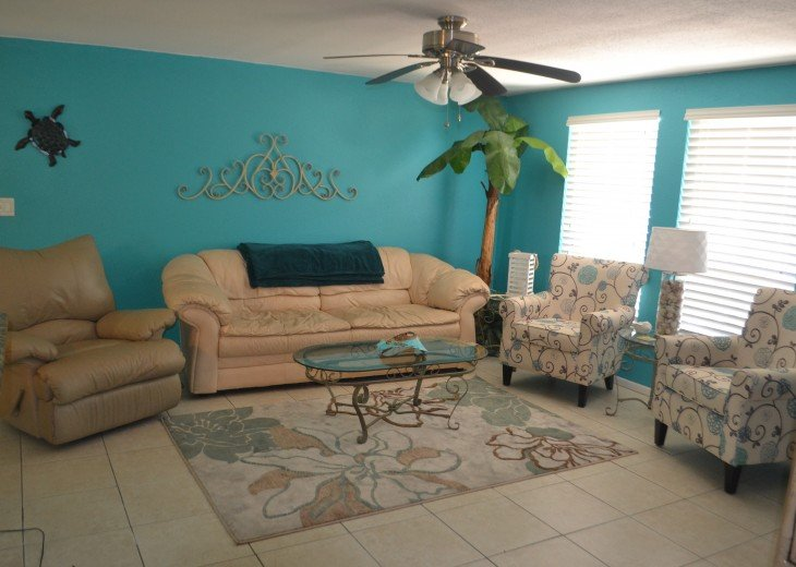Private Heated Pool Home. Walk or bike to Shamrock Park and close to the beaches #7