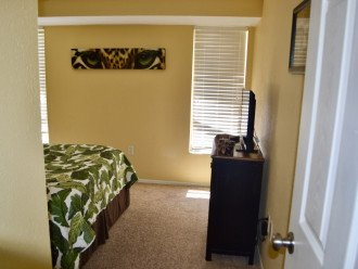 Private Heated Pool Home. Walk or bike to Shamrock Park and close to the beaches #1