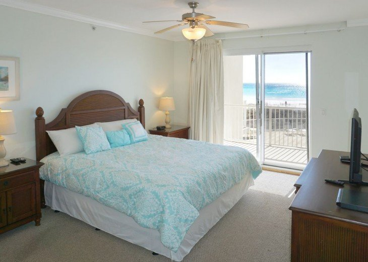 Beach front Master suite