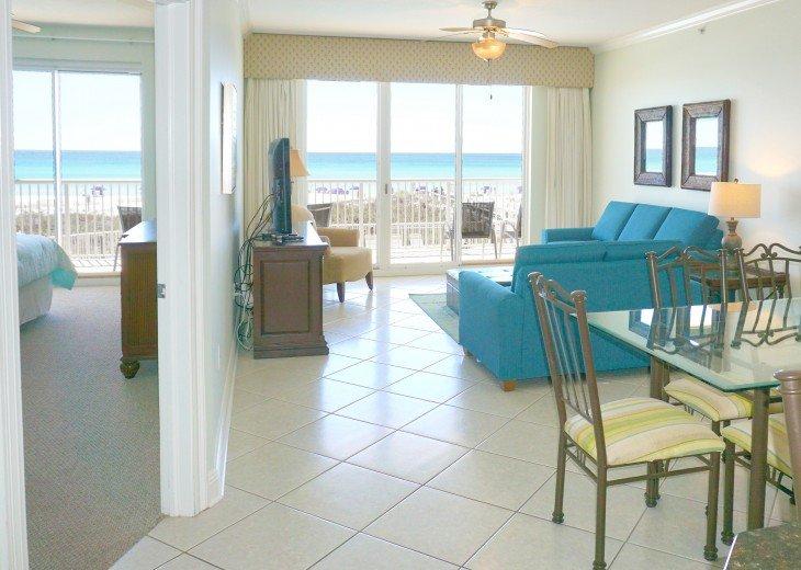 Amazing Beach Views * Budget Friendly * FREE beach service & WiFi #4