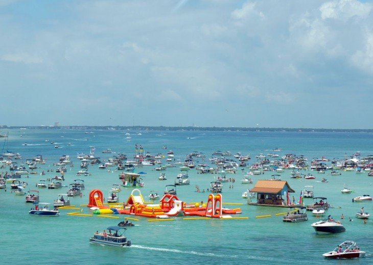 Amazing Beach Views * Budget Friendly * FREE beach service & WiFi #26