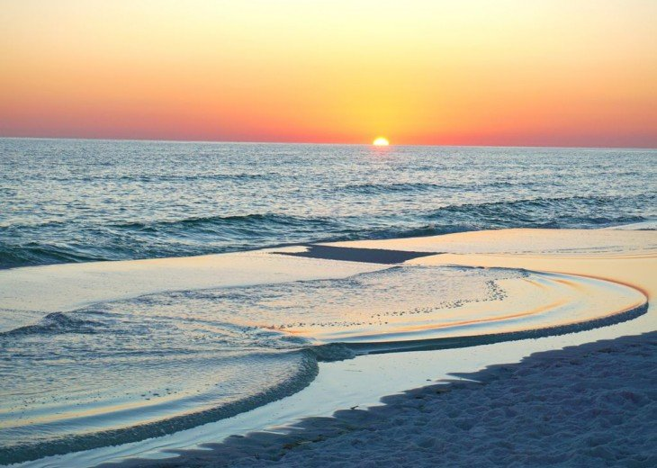 Amazing Beach Views * Budget Friendly * FREE beach service & WiFi #29