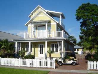 The Crystal Beach House Your home away from home
