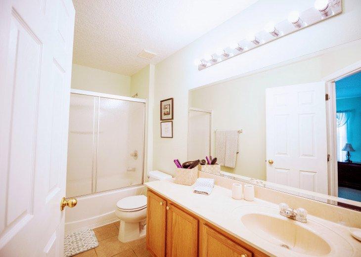 Windwood Bay Disney Villa 5 Bedroom Spacious executive villa #25
