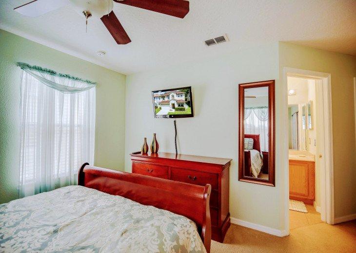 Windwood Bay Disney Villa 5 Bedroom Spacious executive villa #24