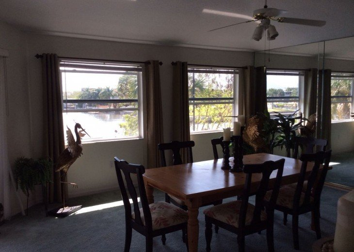 Beautiful 3 BR stilt home surrounded by water. The charm of Old Florida awaits #15
