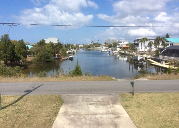Beautiful 3 BR stilt home surrounded by water. The charm of Old Florida awaits #17