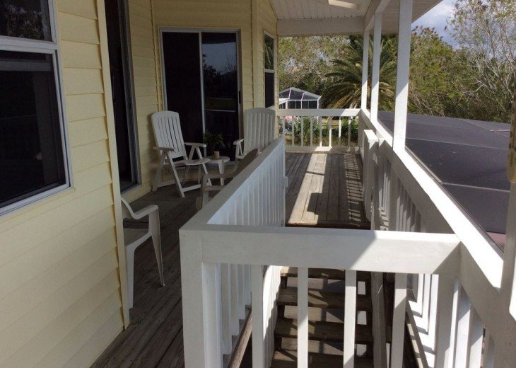 Beautiful 3 BR stilt home surrounded by water. The charm of Old Florida awaits #8