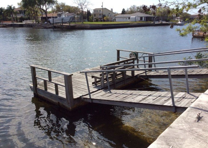 Beautiful 3 BR stilt home surrounded by water. The charm of Old Florida awaits #6