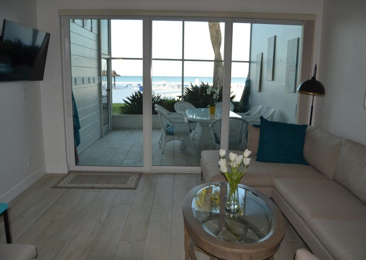 12 x 8' doors provide expansive view of beach and gulf