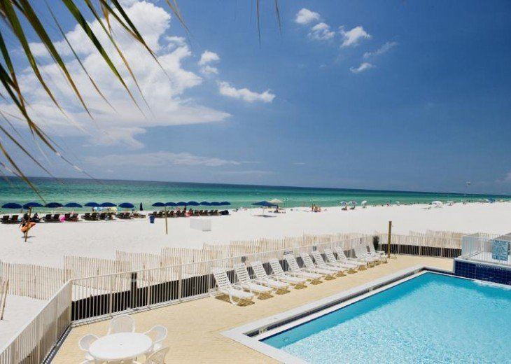 SALE!EMERALD ISLE,Ocean Front,Sleep 6,FREE Beach Chairs,Pier Park, PCB,FL #16