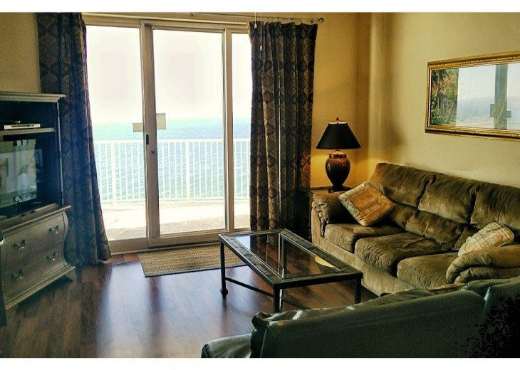 SALE!EMERALD ISLE,Ocean Front,Sleep 6,FREE Beach Chairs,Pier Park, PCB,FL #37