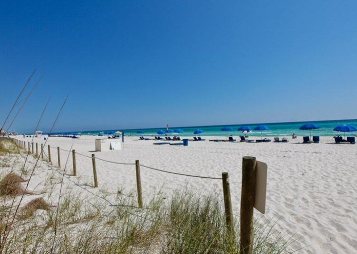 SALE!EMERALD ISLE,Ocean Front,Sleep 6,FREE Beach Chairs,Pier Park, PCB,FL #19