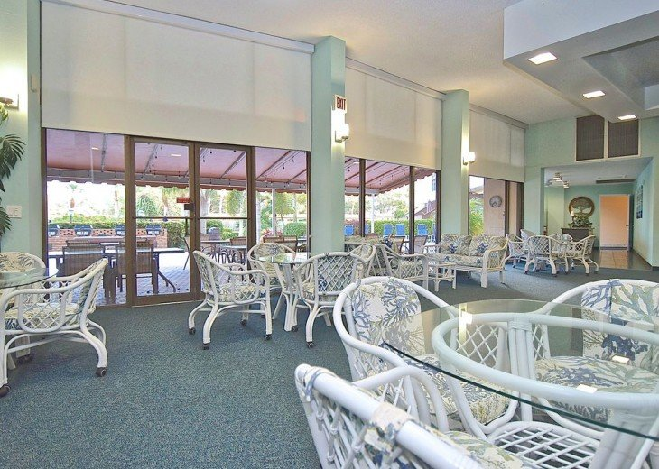 Beautifully renovated condo, walk to Siesta Key Beach! #11