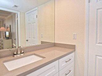 Beautifully renovated condo, walk to Siesta Key Beach! See Special Summer Rate! #1